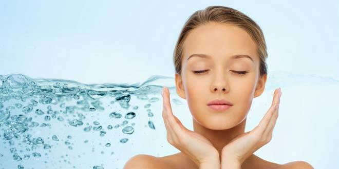 SKIN HYDRATION AND WHY DRINKING WATER IS NOT SUFFICIENT